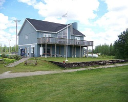 Golf Course & Clubhouse